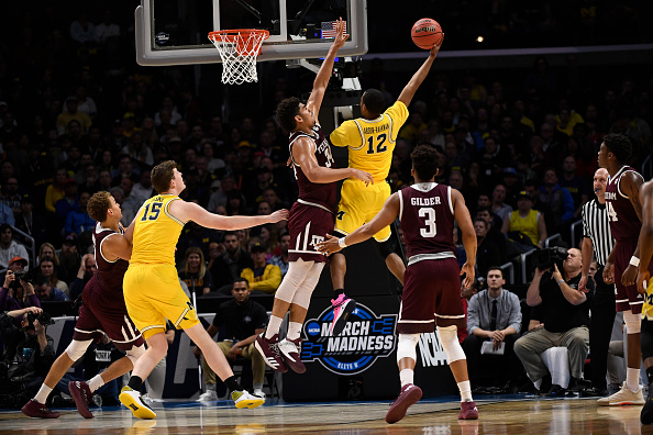 Michigan, Loyola in Final Four; bluebloods next