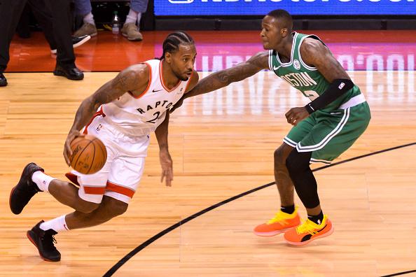 f6ffe5a45421a7 Toronto Raptors forward Kawhi Leonard  2 with ball during the Toronto  Raptors vs Boston Celtics NBA regular season game at Scotiabank Arena on  October 19