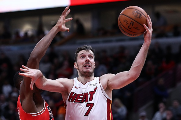Goran Dragic picks up player option