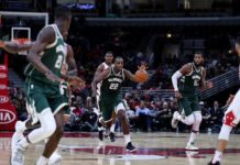 Khris Middleton re-signs with the Milwaukee Bucks