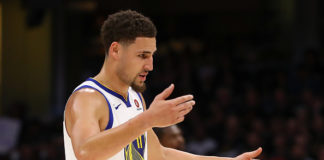 Klay Thompson re-signs with the golden state warriors