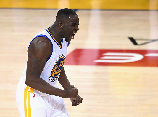 Draymond Green signs contract extension