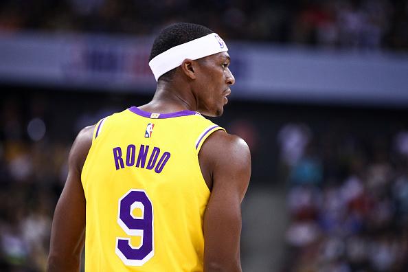 Los Angeles Lakers' Rajon Rondo breaks his thumb