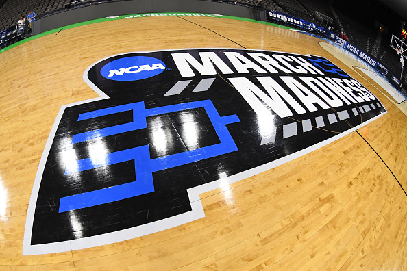historical college basketball games