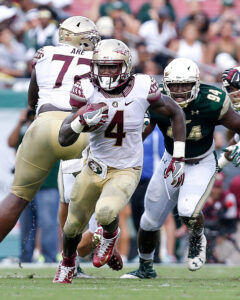 TAMPA, FL - SEPTEMBER 24: Runningback Dalvin Cook #4 of the Florida State Seminoles on a running play during the game against the South Florida Bulls at Raymond James Stadium on September 24, 2016 in Tampa, Florida. Florida State defeated South Florida 55 to 35. (Photo by Don Juan Moore/Getty Images) *** Local Caption *** Dalvin Cook