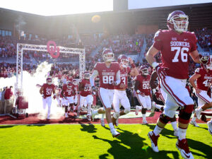NORMAN, OK - NOVEMBER 12: The Oklahoma Sooners take the field before the game against the Baylor Bears November 12, 2016 at Gaylord Family-Oklahoma Memorial Stadium in Norman, Oklahoma. Oklahoma defeated Baylor 45-24. (Photo by Brett Deering/Getty Images) *** Local Caption ***