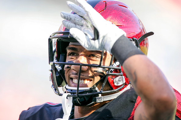Donnel Pumphrey sets FBS rushing record