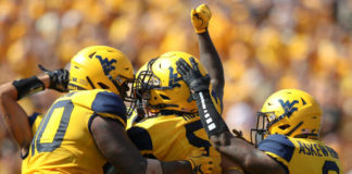 Mountaineers reach number 6