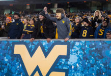 Mountaineers building blue collar team