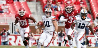 Auburn Runs Past Arkansas