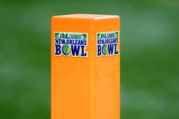 The 2019 R+L Carriers New Orleans Bowl puts the Sun Belt champion Appalachian State Mountaineers against the Blazers of UAB.