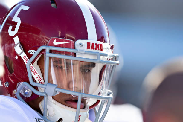 Miami should pursue Taulia Tagovailoa now that he has entered the Transfer Portal. The younger Tagovaioa could fight for the starting job in 2021.