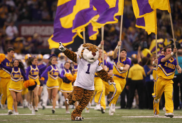 LSU hits the road and returns to the field with a game against Arkansas. Both teams are seeking a win to reach .500 for the first time in 2020.