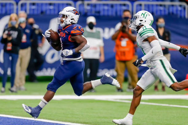 UTSA Earns Seventh Victory