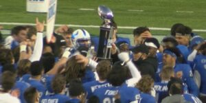 The Buffalo Bulls win the Camellia Bowl 17-10. The Bulls were led by running back Kevin Marks, who won the Bart Starr MVP award.