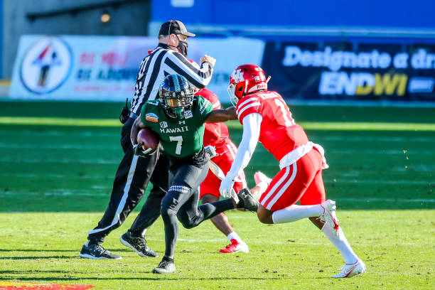 Hawaii and Houston matched up on Christmas Eve in what was a great game. Read Hawaii Wins New Mexico Bowl for more on how the game went.