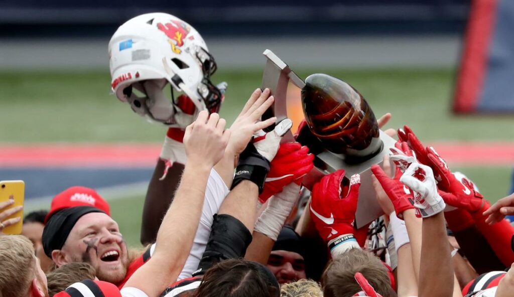 Ball State beat San Jose State 34-13 in the 2020 Arizona Bowl. In a game with two highly skilled defenses, Ball State got the edge.