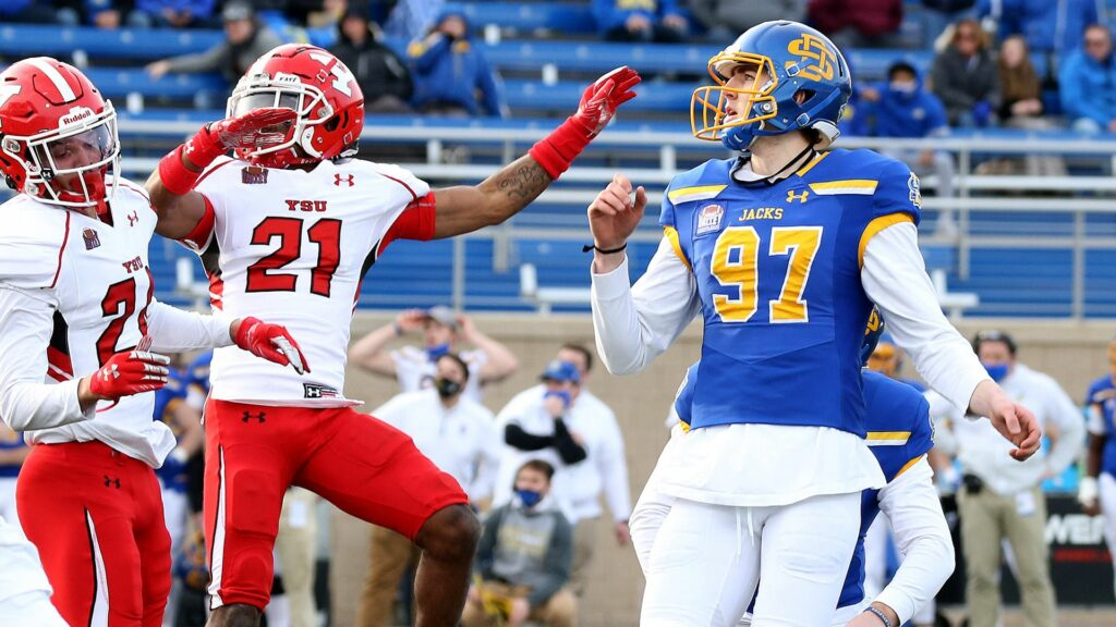 Jackrabbits Hop Over Youngstown State