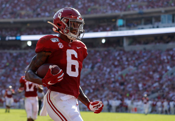 As projected, the Alabama Crimson Tide had six players drafted in the first round of the unusual and surprising 2021 NFL Draft.