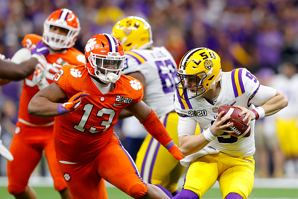 Clemson Defensive Front is Anchored by Tyler Davis