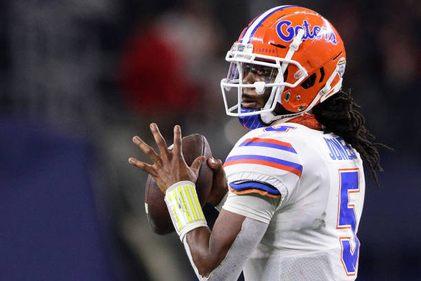 Florida hits the road for the first time this season as it'll take on the USF Bulls at Raymond James Stadium. Here is the Florida vs USF preview.