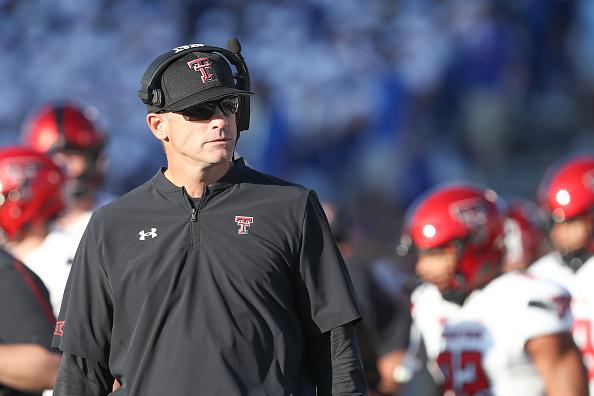 Matt Wells despedido como entrenador en jefe de Texas Tech