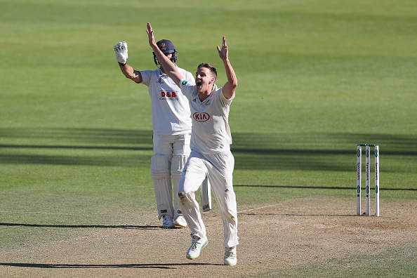 Morne Morkel appeals for a wicket during the Specsavers County Championship 2018