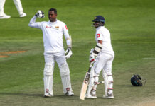 Angelo Mathews celebrates scoring a century vs New Zealand in a test match 2018