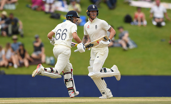 Joe Root and Ben Stokes run between the wickets for England vs South Africa 2019
