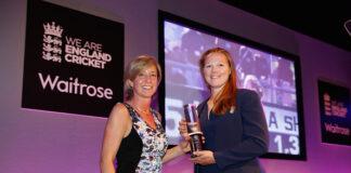Clare Connor of England Cricket hands an award to Anya Shrubsole