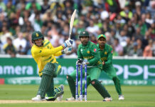 Chris Morris bats against Pakistan for Proteas Cricket in the 2017 Champions Trophy in England.