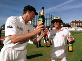 Shane Warne and Glenn Mcgrath have the most test match wickets for Australia till date