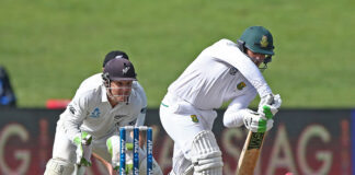 Quinton De Kock and BJ Watling are the two best wicketkeeper batsmen in test match cricket