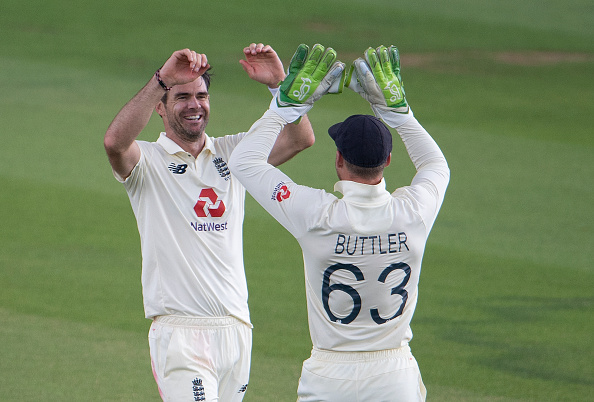 England edged Pakistan on day one at the Ageas Bowl thanks to Jimmy Anderson