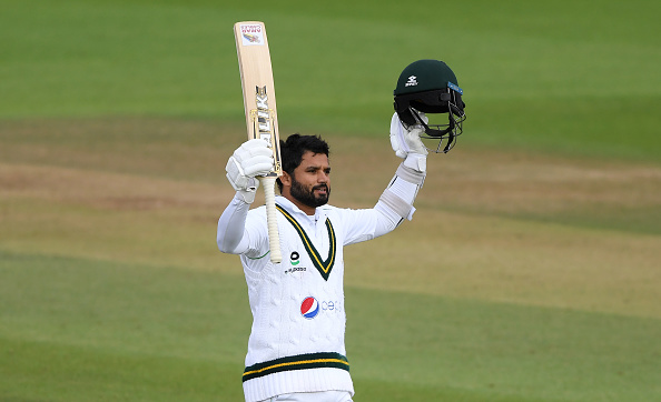 England dominated Pakistan thanks to five wickets from Jimmy Anderson despite Azhar Ali scoring an unbeaten 141 not out