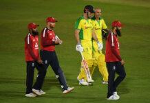 Mitchell Marsh scored an unbeaten 39 to help Australia to victory