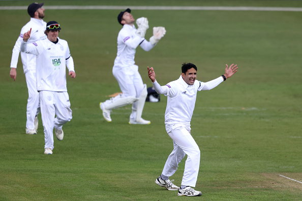 Mohammad Abbas helped Hampshire Cricket to a dominant victory over Middlesex.