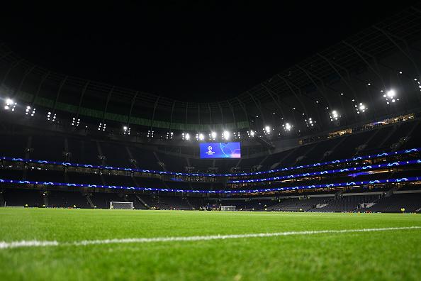 Tottenham social distancing