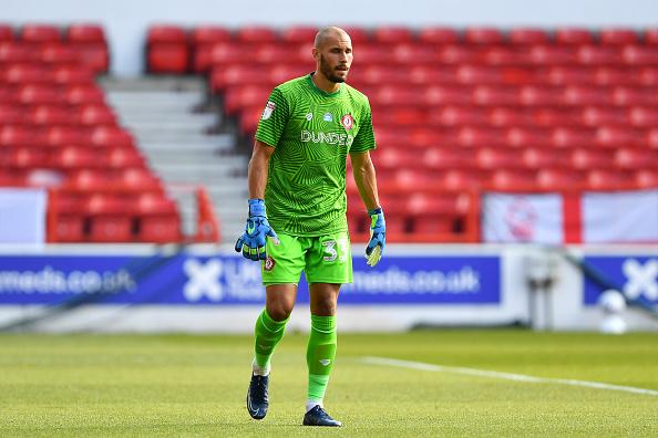 Stoke City Niki Mäenpää