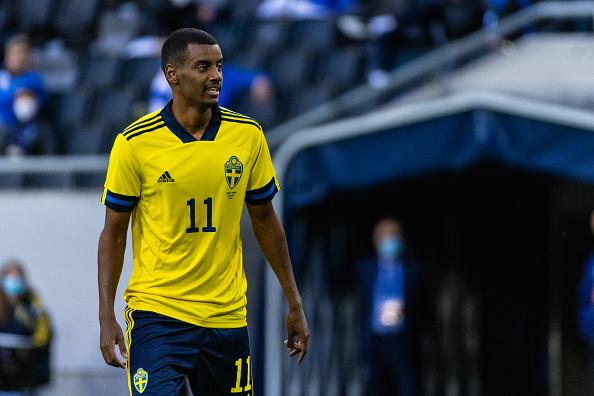 Isak's Real Sociedad Contract