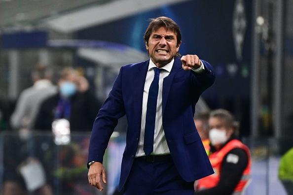 Antonio Conte abierto a trabajo en Manchester United