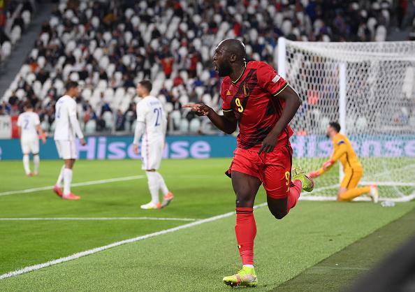 injured Romelu Lukaku