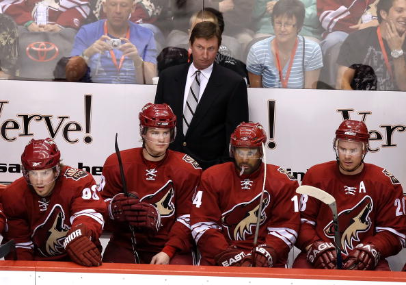 1f7cffb77a3 Coach Gretzky and the Dog Days as Bench Boss of the Phoenix Coyotes