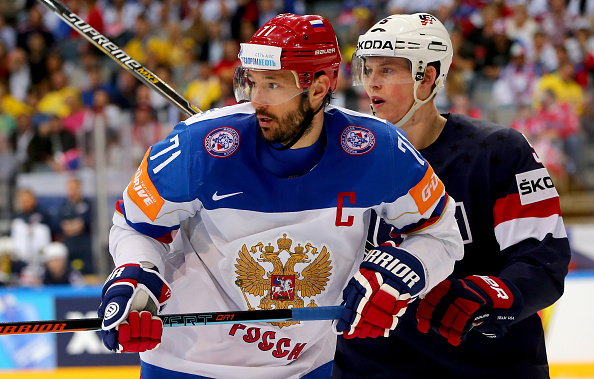 Ilya Kovalchuk signs
