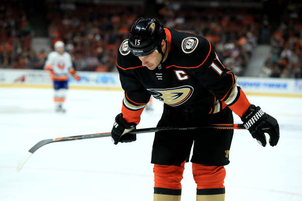 Ducks captain Getzlaf out after surgery on broken cheekbone
