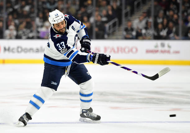 Dustin Byfuglien injured