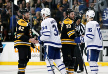 Boston Bruins Defeat Toronto Maple Leafs