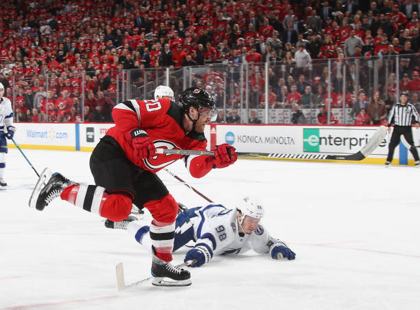 best loved 85eae 8716c New Jersey Devils Re-Sign Blake Coleman to Three-Year Deal