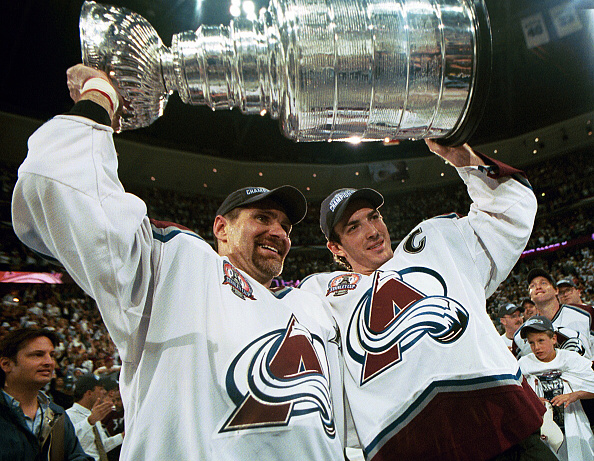 hot sale online a7927 0b0df Franchise Best: The Colorado Avalanche 2000-01 Perfect Season