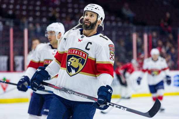 6b944f93827 Florida Panthers Derek MacKenzie Out Indefinitely - Last Word on Hockey